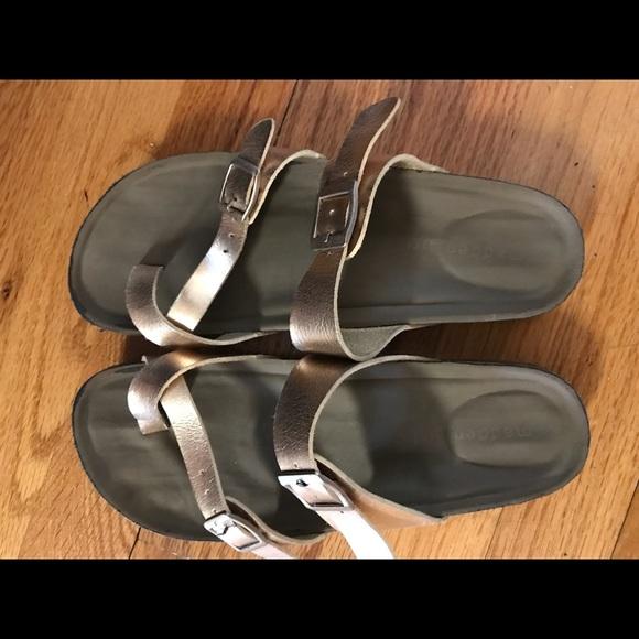 632701e6321 Madden Girl Other - Madden Girl rose gold Birkenstock style sandal